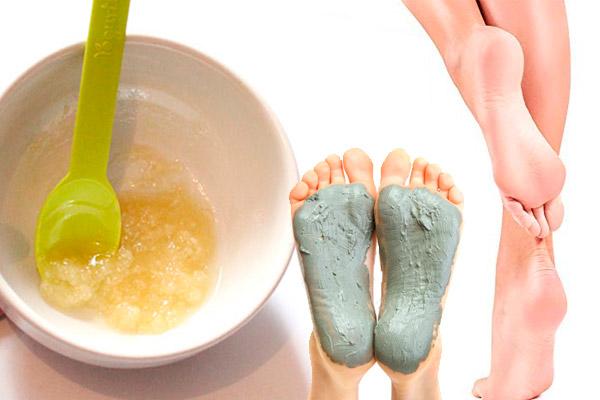10 mascarillas para pies secos y maltratados